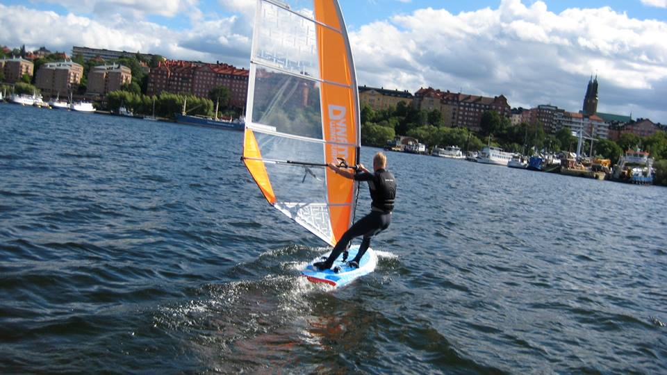 Dynamic Windsurfing city